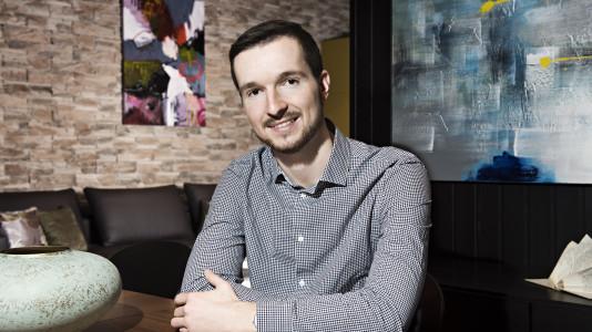 MDDr. Tomáš Pospíšil, stomatológ v Schill Dental Clinic