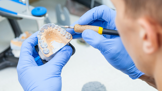 Zubné náhrady